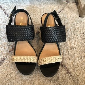Report Black and Tan Woven Wedges